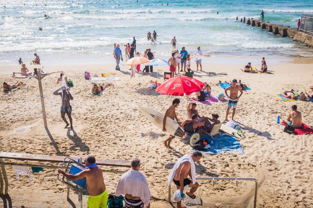telaviv beach scene